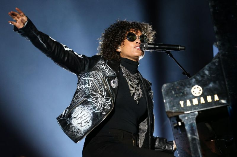 Alicia Keys SB